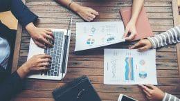 strategy plan management vs project management